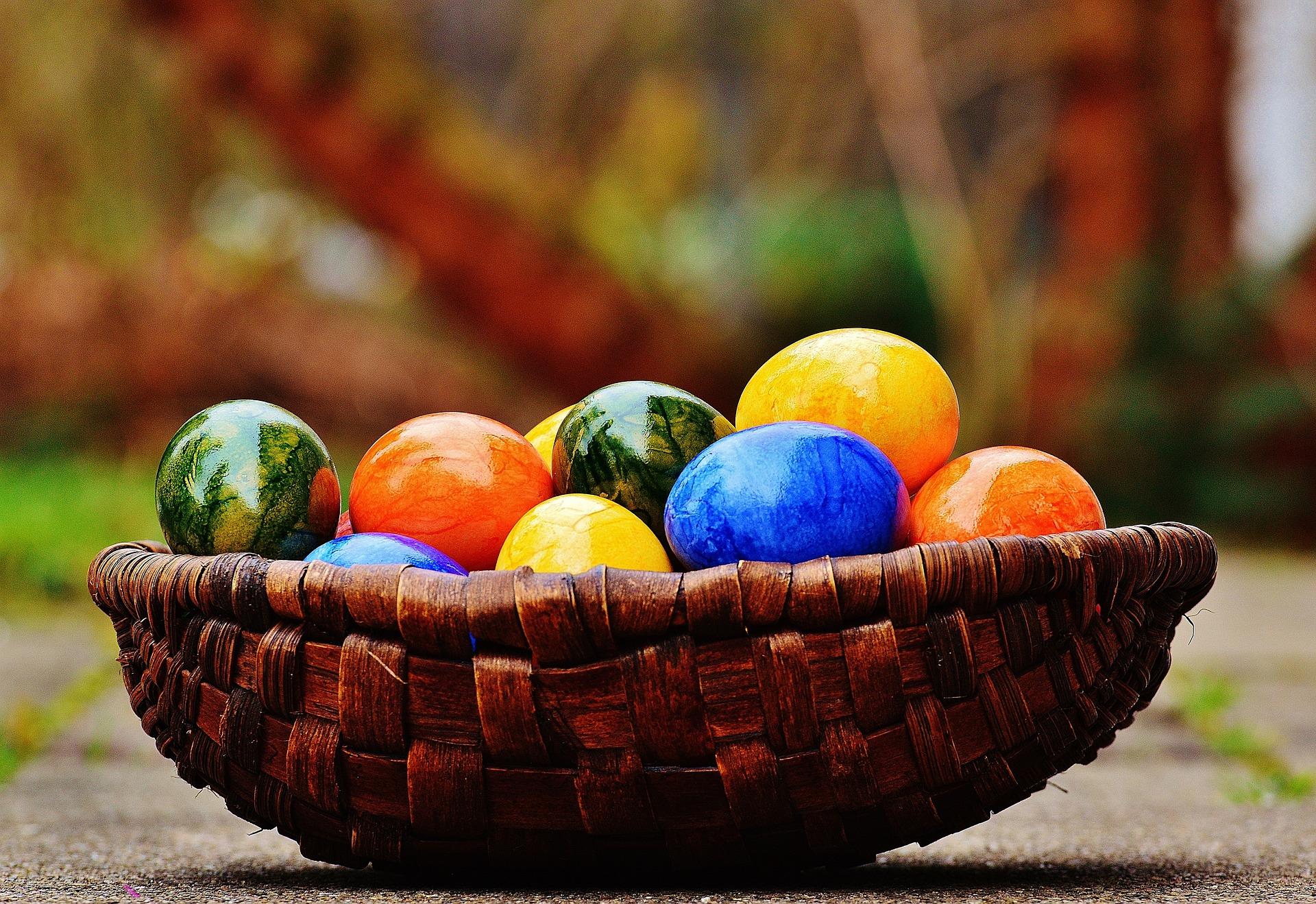 Окрашивание яиц. Оригинальные способы окрашивания яиц на ...