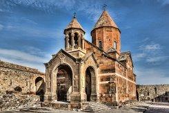 Хор Вирап, Армения, История монастыря, церковью Хор Вирап, Монастырь Хор Вирап