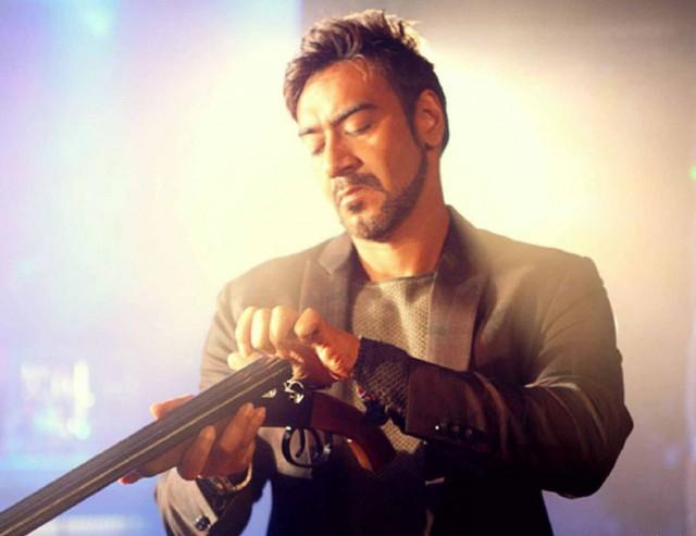 Bollywood-angry-man-Ajay-Devgan-pics