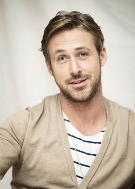 4-25-Stylish-Hot-Guys-In-Stripes-Ryan-Gosling-Cardigan-Mens-Style