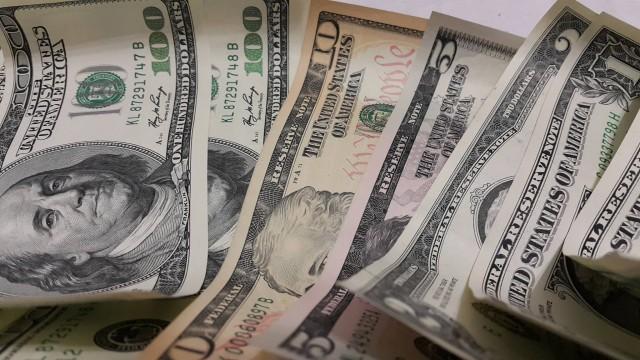 prognoz-dollara-na-2018-godu-v-rossii-skolko-budet-stoit-kurs-v-bankah-vygodnyy-prodazha-pokupka